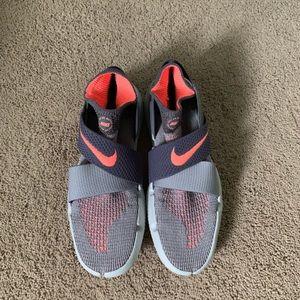LIKE NEW Nike free run motion